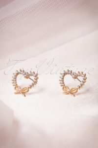 8249-63124-50s-i-heart-diamonds-earrings-full-300x450